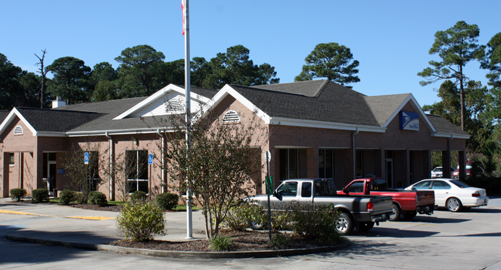 gutter and downspout installation at the post office in Niceville 4